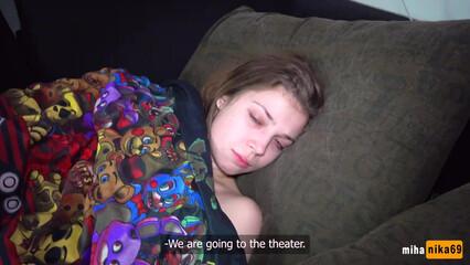 Трахаемся по тихому с братом, пока родители спят